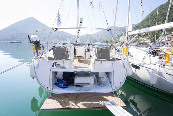 luxury sailing greece